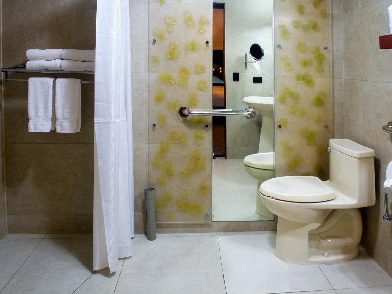 habitaciondisponible-hoteles-enpaseocolon-hotelparquedellago010